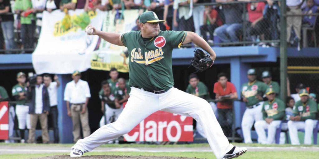 Elvin Orozco lanzador Matagalpa