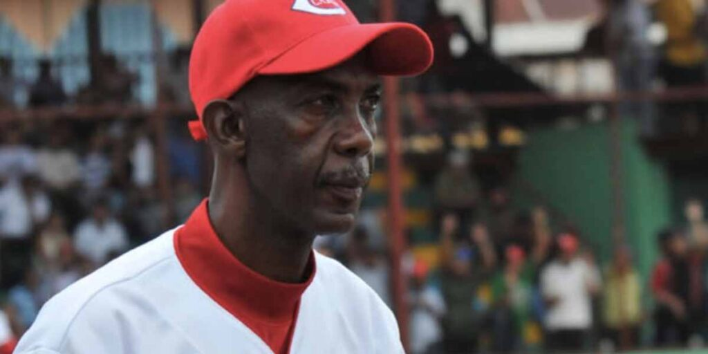 Davis Hodgson ha dirigido 4 décadas en nuestro béisbol