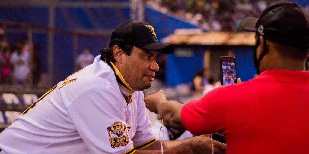 Vicente Padilla al mando de los Tigres de Chinandega