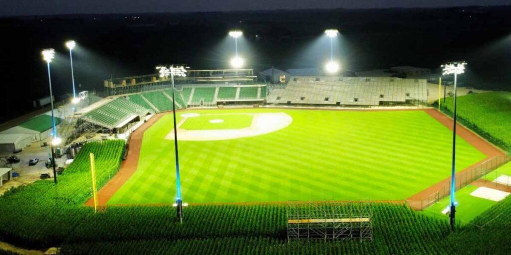 Estadio Field Of Dreams MLB
